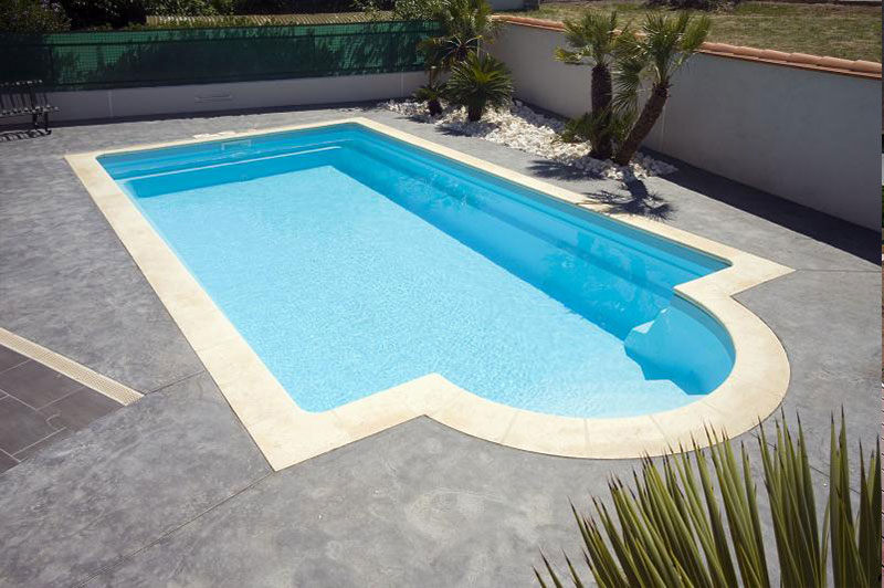 mapico, piscine coque polyester, piscine coque, porto-vecchio, corse, jardin, réalisations, devis, 11